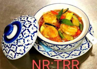I vår mysiga restaurang serveras ni mycket god och vällagad Asiatisk mat, kinamat och Thaimat